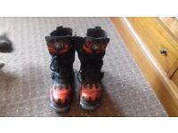 New Rock Reactor Flame boots size 6