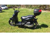 Peugeot Tweet 125cc SBC (Dec 2017) electric scooter black