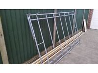 Roof rack for a Toyota Hiace short wheel base, rack is 9 foot by 5:1