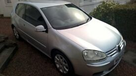VW Golf FSI full service history, leather and sat nav - being sold on spares or repairs basis