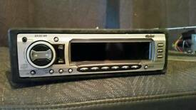 Clarion car mp3 aux cd player radio