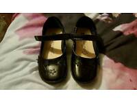Girl school shoes 8