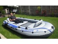 Inflateable Dinghy/Boat with Motor