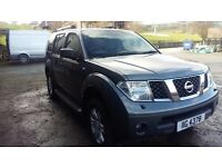 breaking nissan pathfinder sport 2.5 turbo diesel
