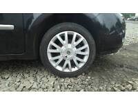 16inch Renault Alloys and tyres 4x100