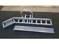 Motorcycle carrier rack