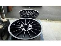 """X4 GENUINE STYLE 32 STAGGERED 18"""" ALLOYS."""