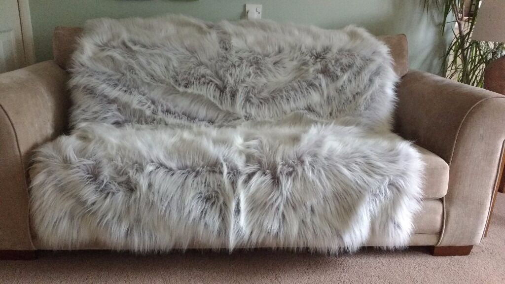 Large Faux Fur Throws For Sofas Faux Fur Throw Caramel