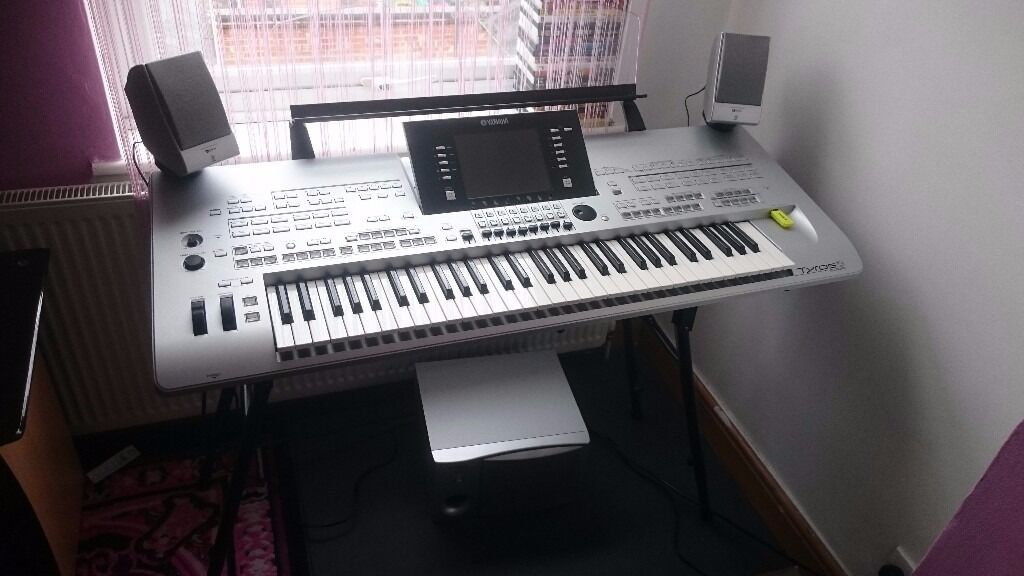 yamaha tyros 3 keyboard for sale in basford