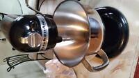 Mint condition Kitchenaid professional mixer 550