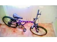 Girls street wise bike (very tidy)