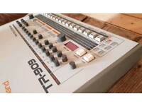 Roland TR - 909 1983