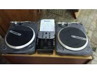 Numark TT1625 decks & mixer