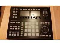 Native Instruments Maschine Studio Production Workstation, Black with Software