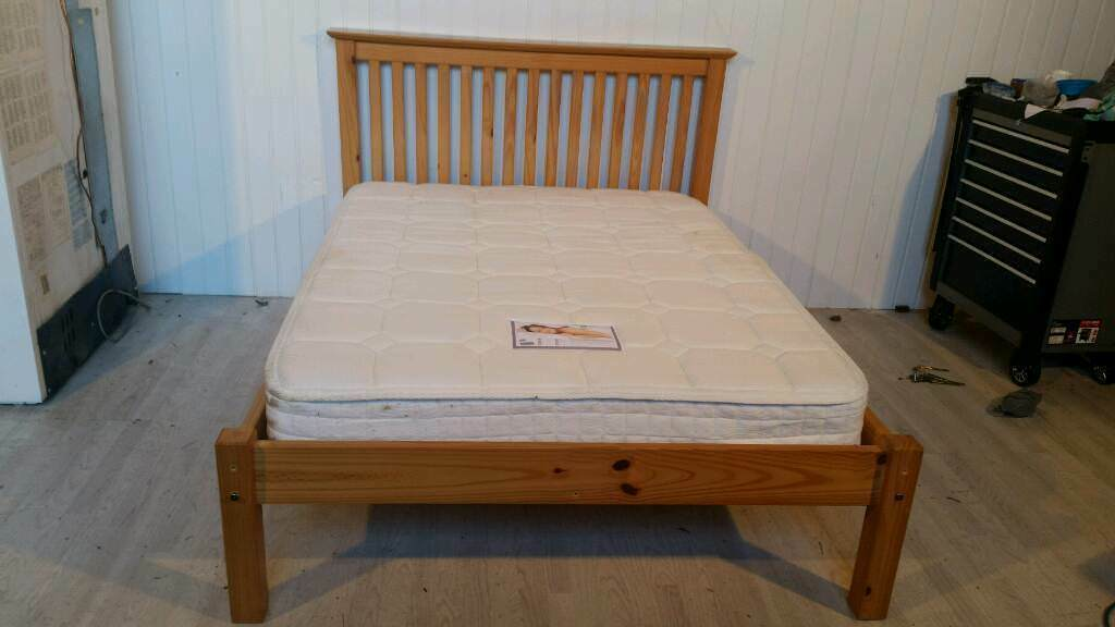 Julian Bowen Solid Pine Double Bed with Multi Pocked Mattress