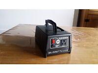 240V to 110V 300W Voltage Converter VR05