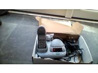 Good working condition BT freestyle 2500 grey cordless hand free phone with answer machine