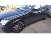 Mercedes C180 K,C200 K,C230 K,W203,C class,271 engine,spares,breaking,parts