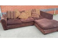 L SHAPE IN FABRIC CHOC BROWN VERY COMFY PRE-OWNED in GOOD CONDITION