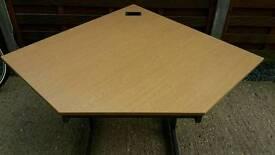 Great quality large corner desk