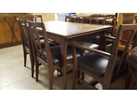 Vintage Dining Table With 6 Chairs In Excellent Condition