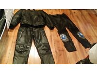 LOOK LEATHER BUFFALO MOTOR BIKE JACKET AND 2 PAIRS OF TROUSERS £44.99 JOB LOT