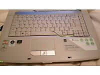 Acer aspire cheap and fast laptop hardly been used