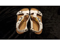 beautiful new birkentock sandals size 5