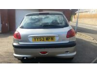 PEUGEOT 206 LONG MOT, SERVICE HISTORY CHEAP ON FUEL TAX, CD BIG BOOT, HEATING, ELECTRIC £595 ONO
