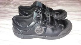 Clarks black school shoes 13 1/2 F good condition