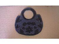 Small beaded hangbag