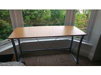 Large desk like new