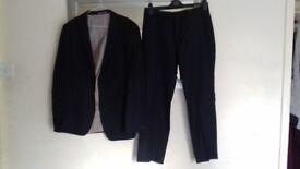 Men navy next suit