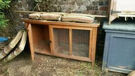 Rabbit hutch 35