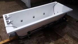 Bath- Jacuzzi/spa 8 jet whirlpool