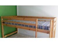 Bunk beds + tridle + 2 mattresses