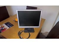 acer 17in monitor £8