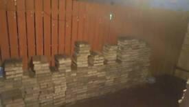 Burnt Oaker Monoblock