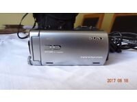 SONY HDR TD20VE 3D CAMCORDER WITH CASE AND LEADS