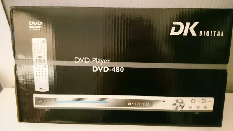 cd dvd player neu in originalverpackung in d sseldorf. Black Bedroom Furniture Sets. Home Design Ideas