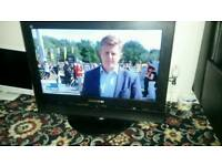 26 inch screen hd lcd free view tv £ 35