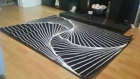 New black and white rug