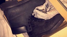 Mens black timberlands size 8.5 fits uk 9