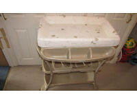 Mamas & Papas Baby Bath and Changing Station