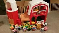 Playschool Little People Farm set with 5 animals and 7 figurines