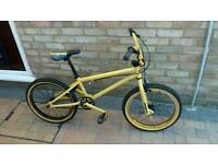 Mongoose program 20 BMX