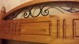 Solid real wood pine kingsize bed
