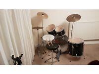 Century Percussion Plus 500S Drum Kit