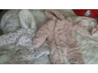 Bundle of girl clothes 0-3 months