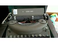 Vintage Remington Rand Model 7 Typewrirer